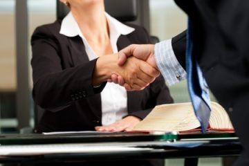 פגיעה בחופש העיסוק וכפיית יחסי עובד-מעסיק